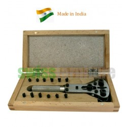 CASE OPENER WITH 3 CHUCKS IN WOODEN BOX